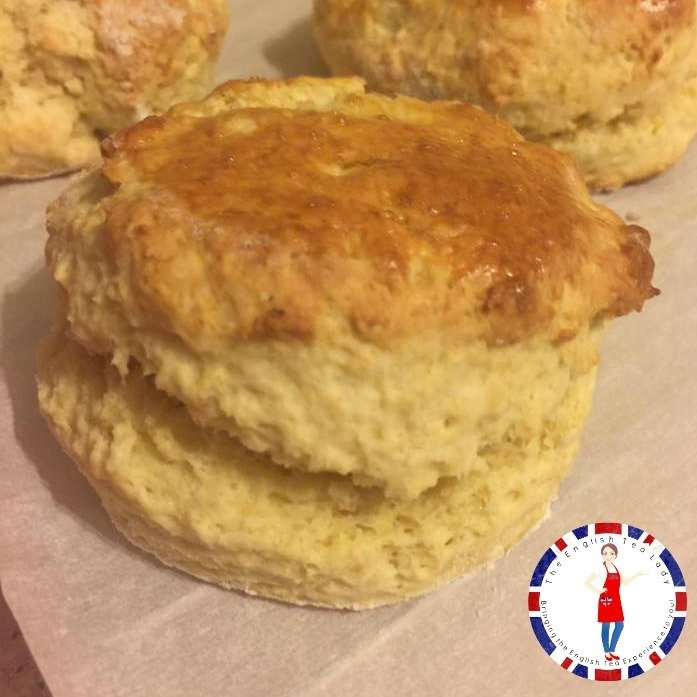 Traditional Plain English Scones SC011
