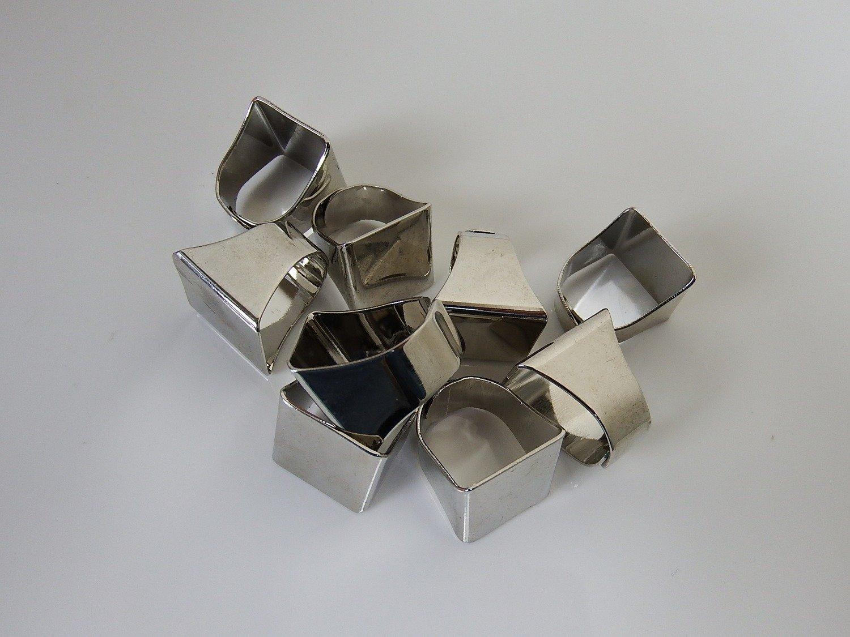 0098 - Apprêts - Bague réglable métallisée - Carré - Plateau 20mmx18mm