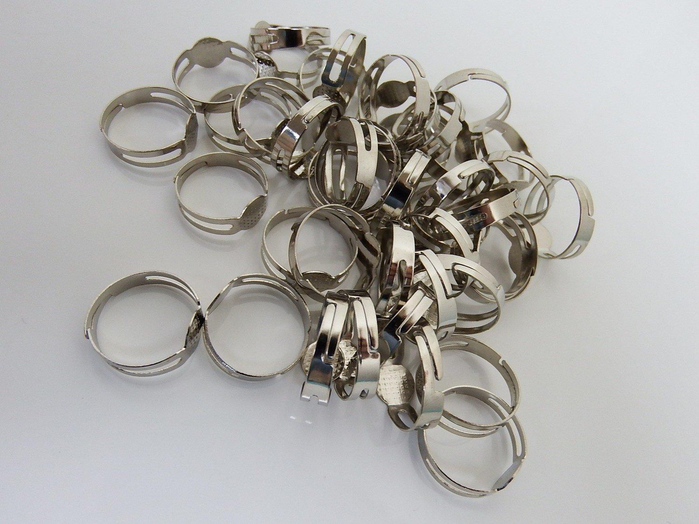 0095 - Apprêts - Bague réglable métallisée - plateau 8mm