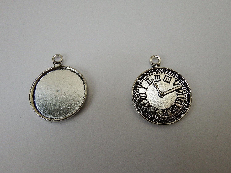 0119 - Apprêts - Médaillon Montre argenté vieilli