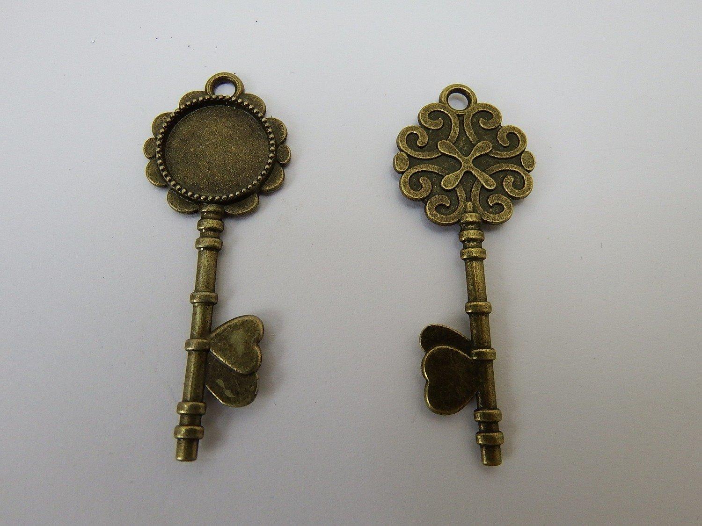0120 - Apprêts - Clé romantique Bronze (Petit format)