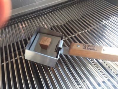 Ice Grill Brush Stainless Steel and Hardwood Grill Cleaning Brush