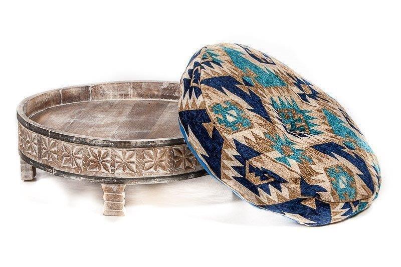 Ronde Tafel White Wash.Houten Gekerfde Chakki Tafel Uit India Antiek Grey Washed