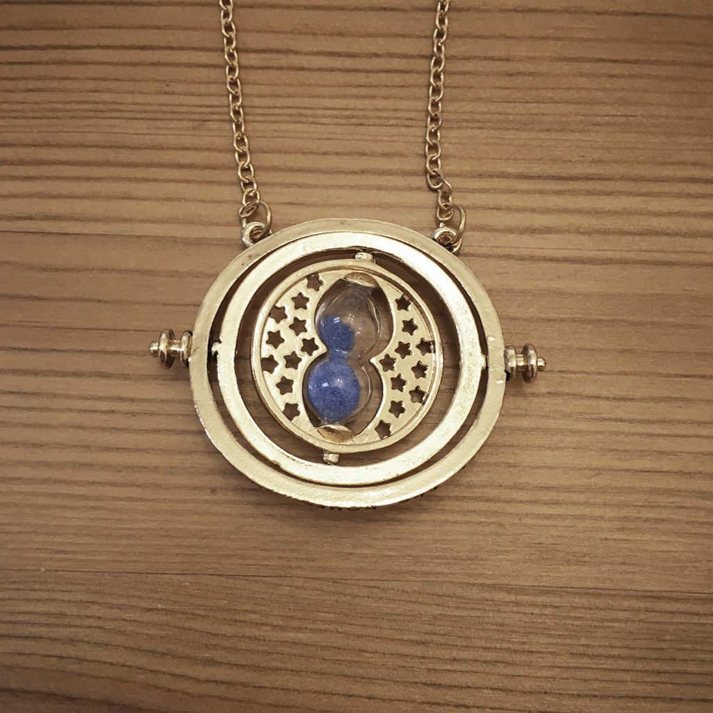 Hourglass necklace - blue TTBlue