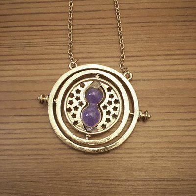 Hourglass necklace - purple