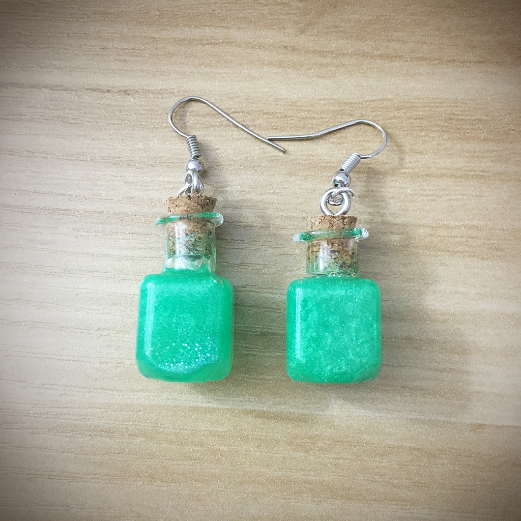 Potion Earrings - Square Potion009