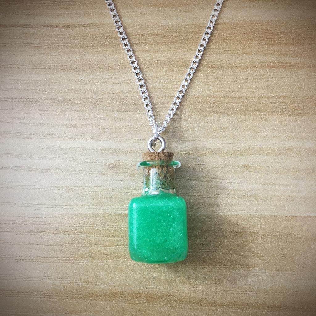 Potion Necklace - Square Potion011