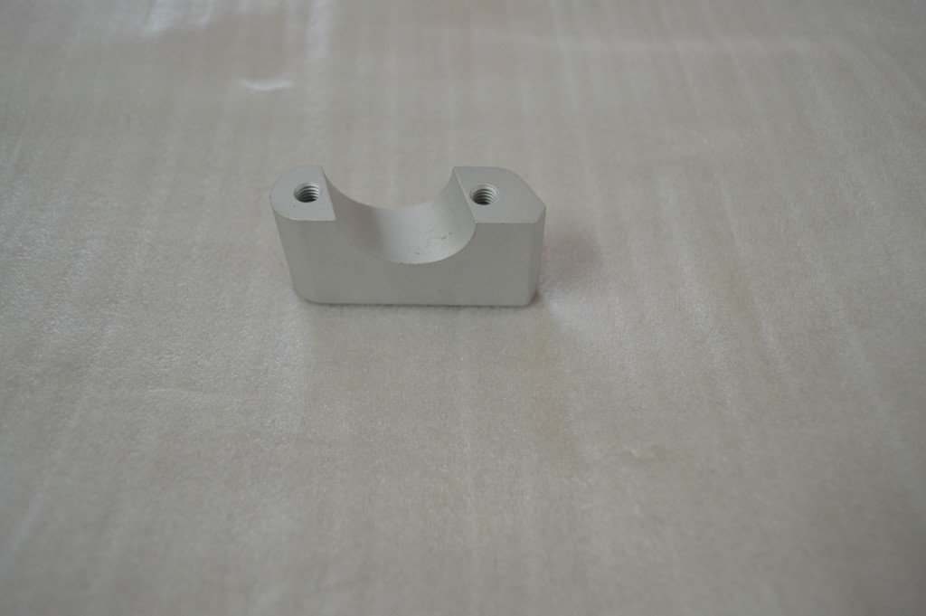 MEGELLI TOP CLAMP YOKE LOWER RIGHT 61105-148A-0000