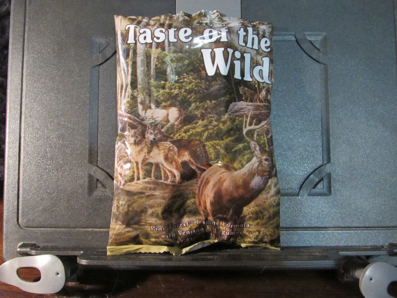 Taste of the Wild Pine Forst Venison & Legumes GF Dog 6 oz (12/18) (A.Q3)
