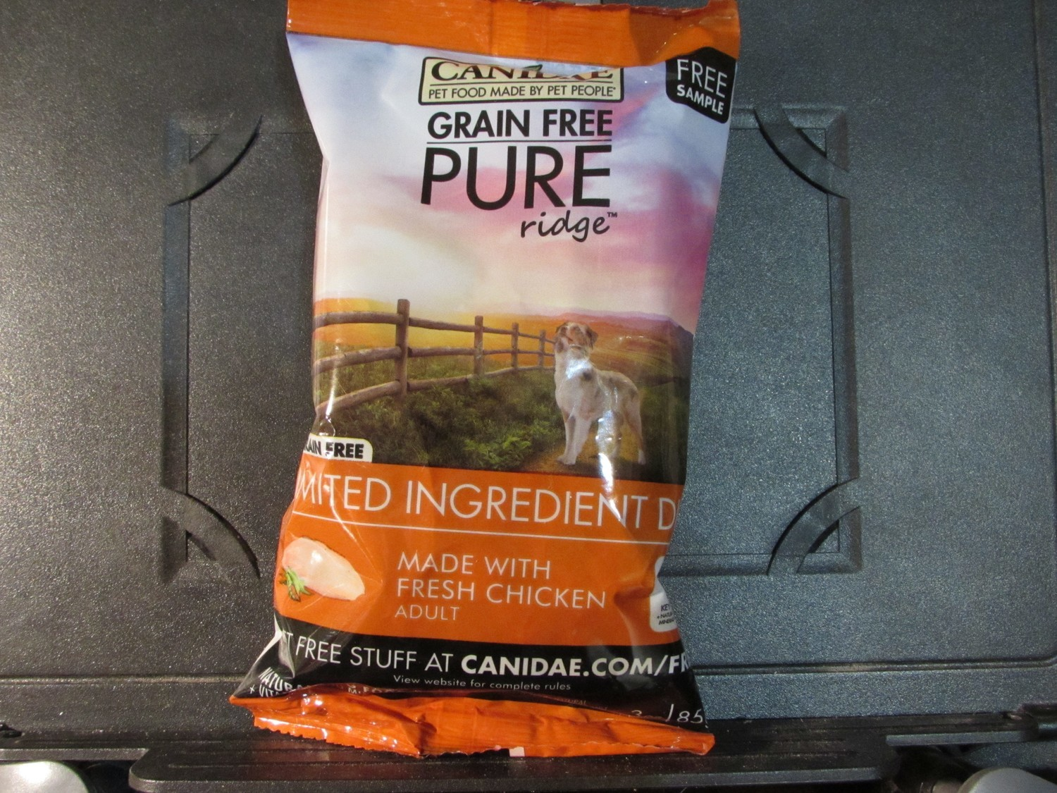 Canidae Pure Ridge LID made w/Fresh Chicken Dog 3 oz (12/18) (A.P2)