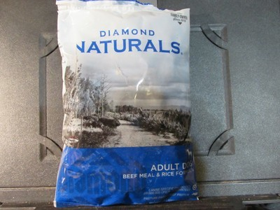 Diamond Natural Adult Dog Beef & Rice 6 oz (11/18) (A.Q2)