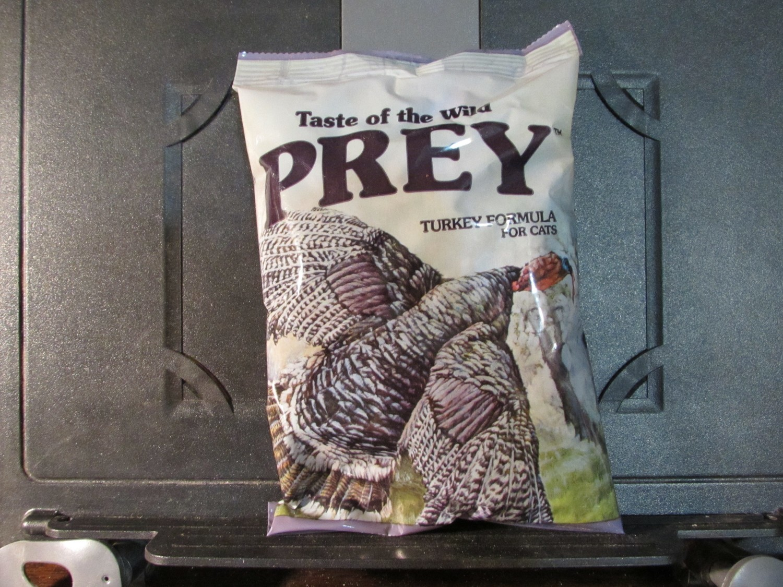 Taste of the Wild Prey Turkey Cat Limited Ingredient Diet 6 oz (11/18) (A.Q1)