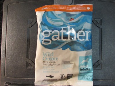 **SALE** Petcurean Gather Dog Wild Ocean w/line-caught cod for dogs 3 oz (2/18) (A.P7)