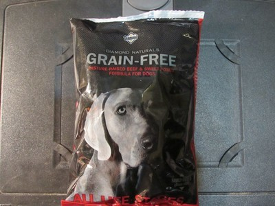 Diamond Natural GF Pasture Raised Beef & Sweet Potato Dog 6 oz (9/18) (A.O5)