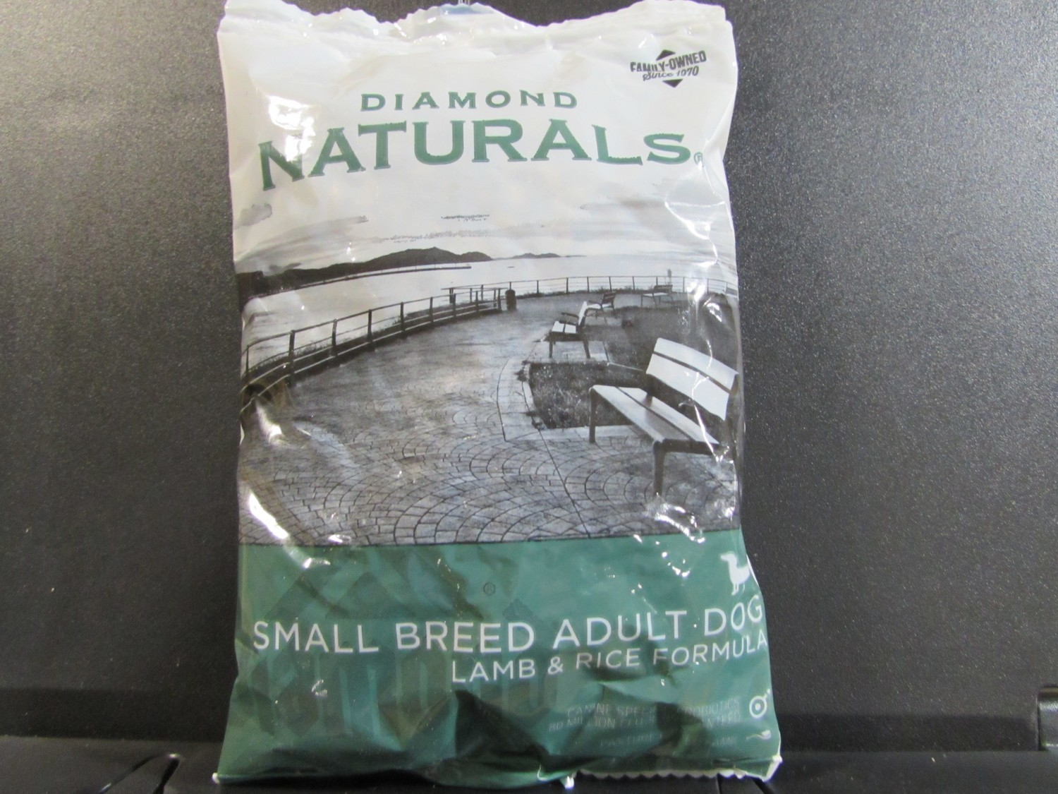 DIAMOND NATURALS SMALL BREED ADULT DOG LAMB & RICE 6 OZ (11/18) (A.P1)
