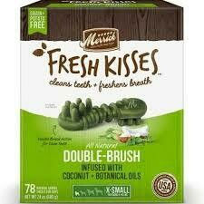 **BOGO** Merrick Fresh Kisses Double-Brush Coconut Oil & Botanicals Extra Small Dental Dog Treat - 40 Count #66016 (3/19) (A.K4/L1/T.A4/DT)