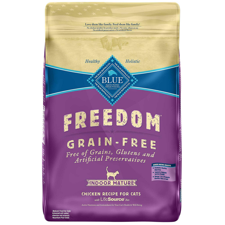 Blue Buffalo Freedom Grain Free Chicken Indoor Mature Cat Food, 11 lbs. (7/18) (A.N5)