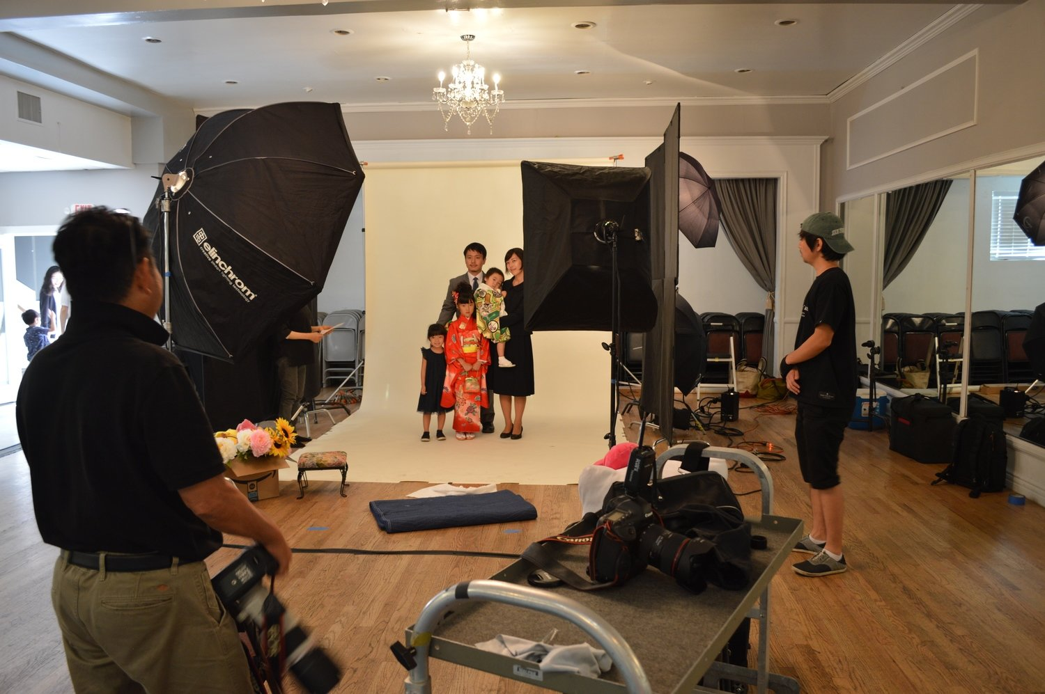 ⑫ personal studio photo taking  by professional photographer
