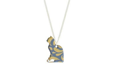 Cat Pendant Sculpted Style on Chain Necklace