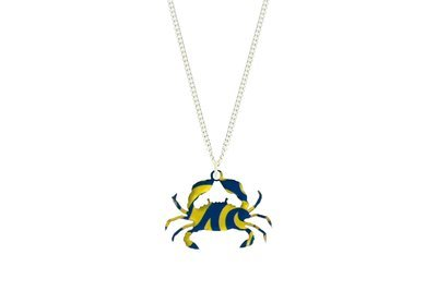 Crab Pendant Sculpted Style on Chain Necklace