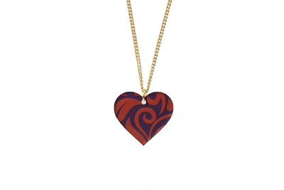 Heart Pendant Sculpted Style on Chain Necklace
