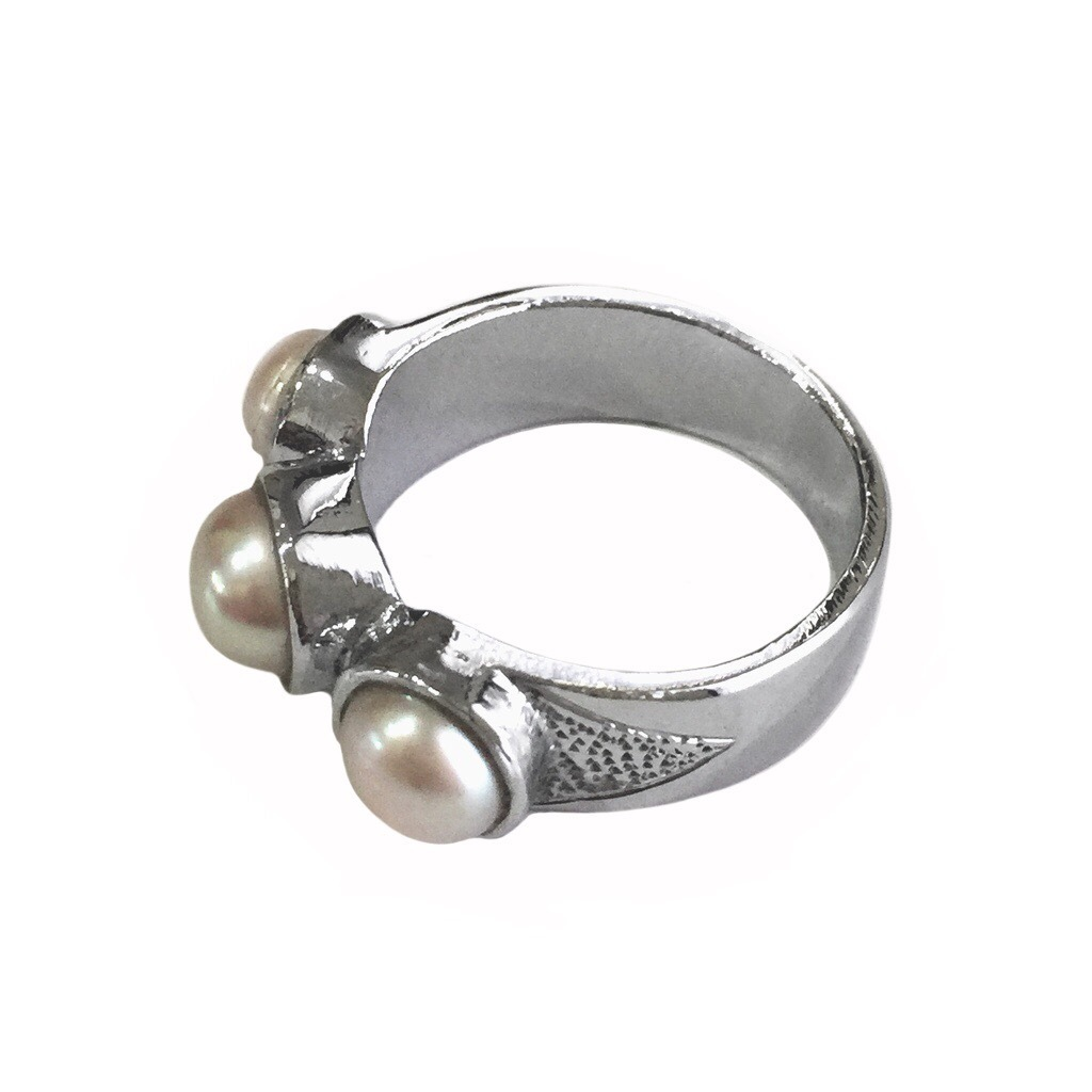 Saltwater Pearl Ring from Lombok, Indonesia