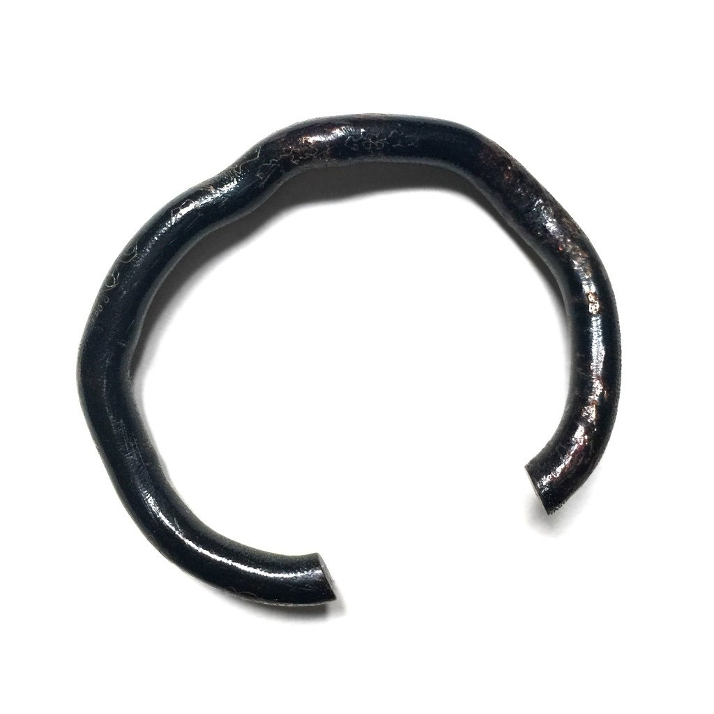 Thai Black Coral Root Bangle with Sacred Tiger Yant Inscription by Luang Por Kalong of Wat Kaolam Temple