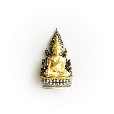 Golden Phra Phuttha Chinnarat Buddha Warrior King of Victory Figurine with Buddhist Relic Inside
