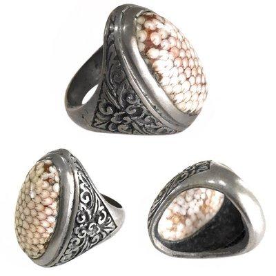 Sorcerous Snakeskin Agate Amulet Ring empowered with Kanuragan Magic