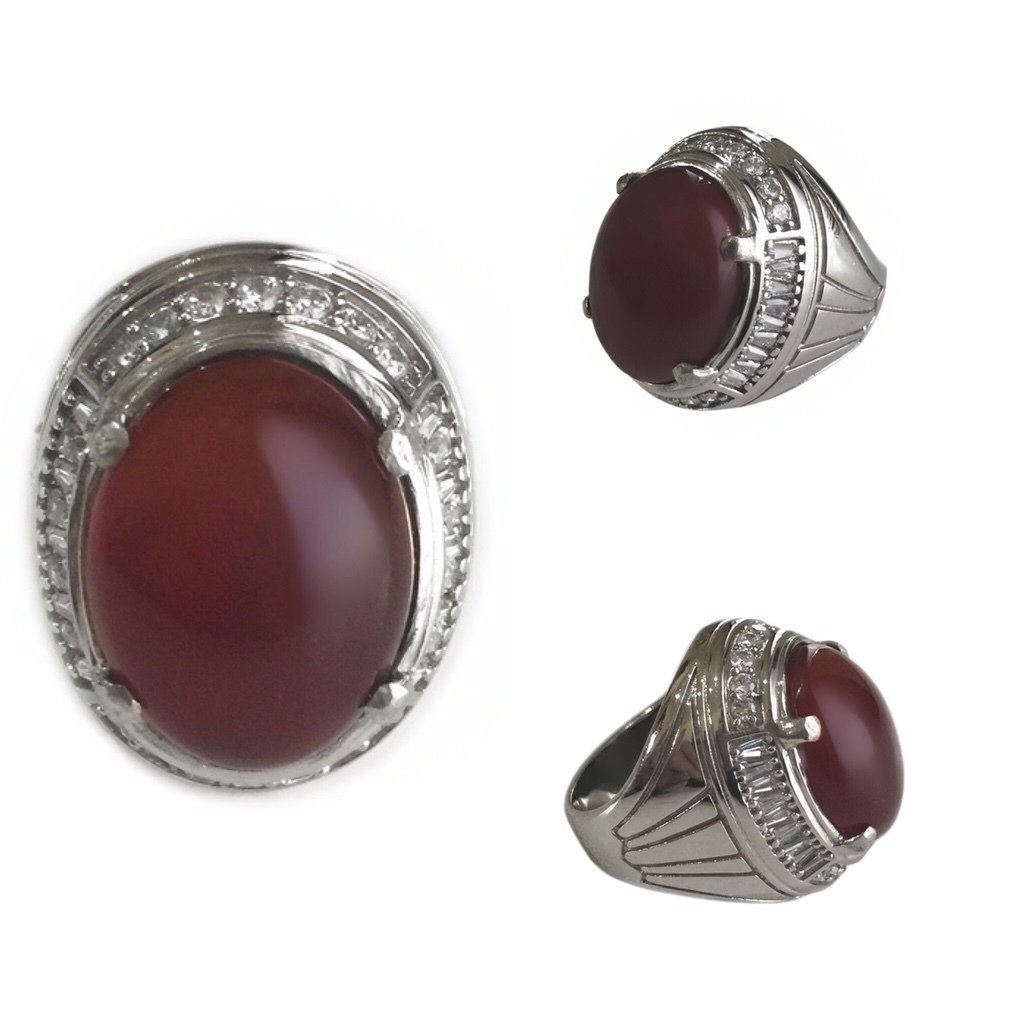 Javanese Carnelian Gemstone to Strengthen Willpower – Set in a Stainless Steel Ring studded with 32 Zirconia