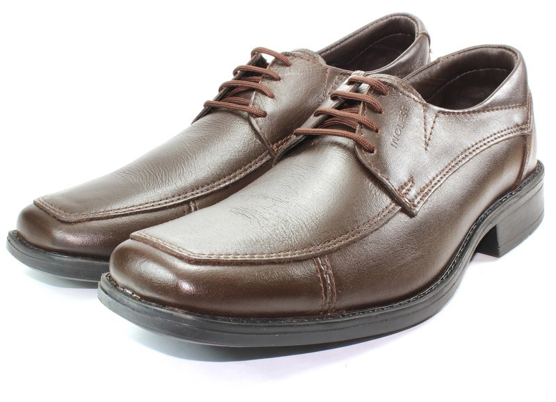 Mens Shoes Genuine Leather Brown - SUGGESTED RETAIL PRICE $45.00 - WHOLESALE PRICE $9 - Minimum purchase 8 pairs