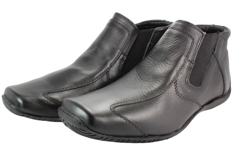 Mens Boots Genuine Leather Black - SUGGESTED RETAIL PRICE $45.00 - WHOLESALE PRICE $9.75 - Minimum purchase 8 pairs