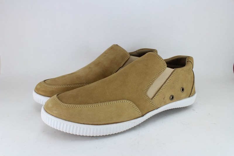 Mens Shoes Genuine Nubuck Leather Beige - SUGGESTED RETAIL PRICE $45.00 - WHOLESALE PRICE $8.5 - Minimum purchase 10pairs