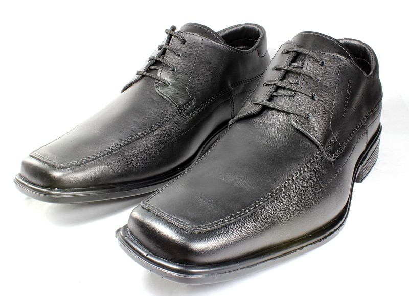 Mens Shoes Genuine Leather Black - SUGGESTED RETAIL PRICE $45.00 - WHOLESALE PRICE $9 - Minimum purchase 4