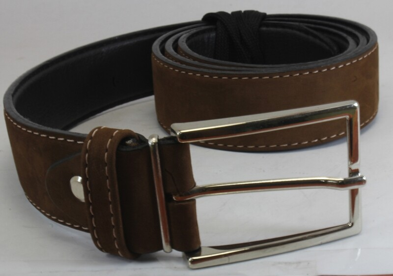 Mens Belts Genuine Leather Light Brown 1 1/4 Wide - SUGGESTED RETAIL PRICE $30 - WHOLESALE PRICE $16. Minimum purchase 6 units