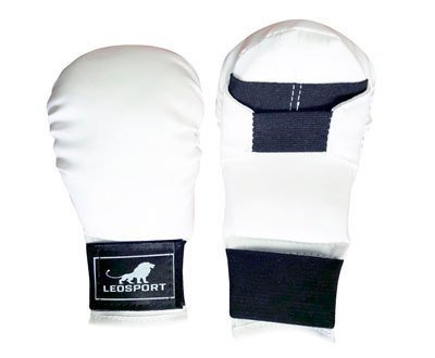 Перчатки спарринговые и для каратэ (кожзаменитель)