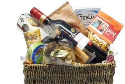 Sugar free diabetic suitable gift basket sugar free gift baskets suitable for all diabetic types diabetic suitable wine nibbles basket negle Images