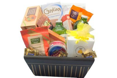 Sugar free diabetic suitable gift basket diabetic sweet savoury treats with no alcohol negle Images