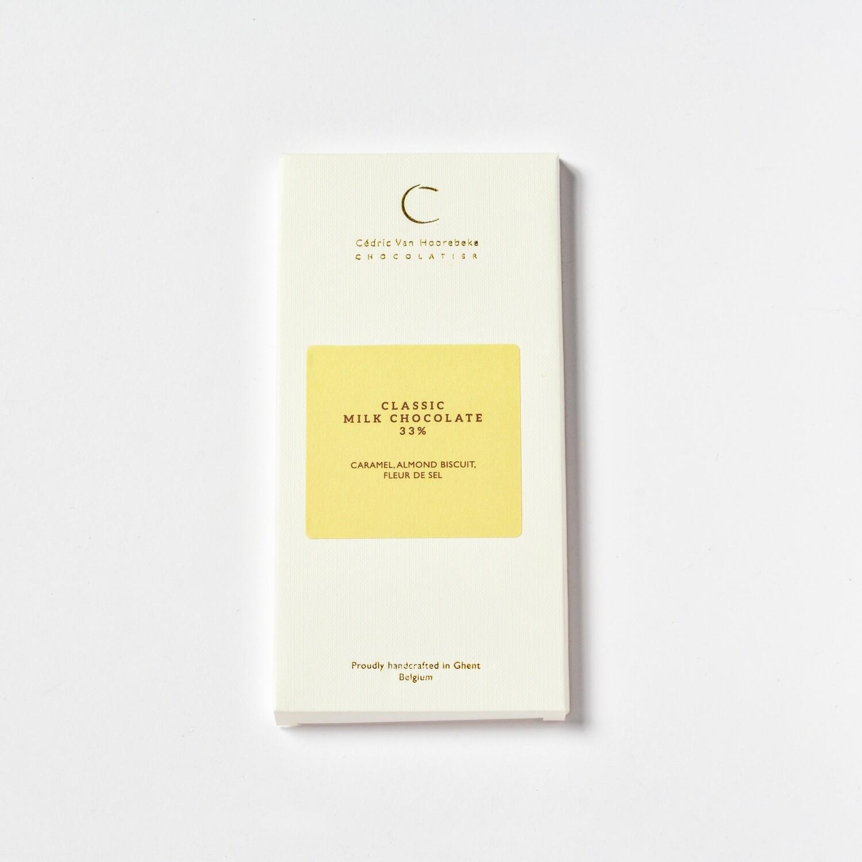 Caramel, almond biscuit, fleur de sel & Classic milk chocolate 33%