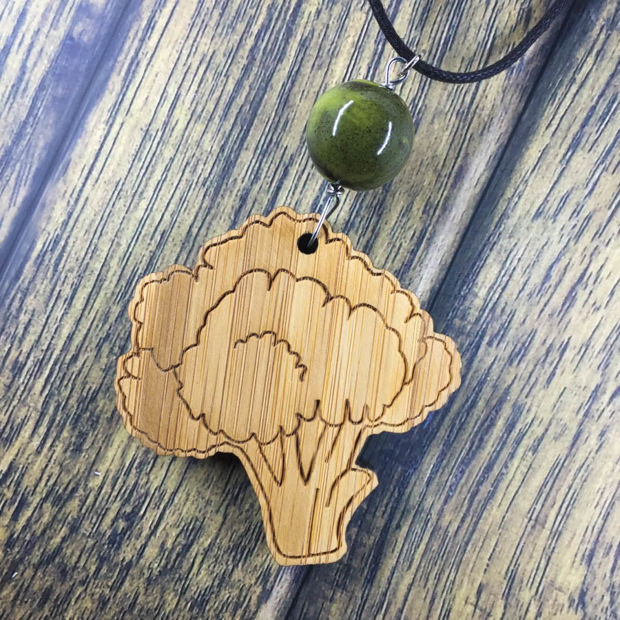 Broccoli Bamboo Necklace w/ Dark Green Bead BROC-NEC-WBAM-BDKGRE-L