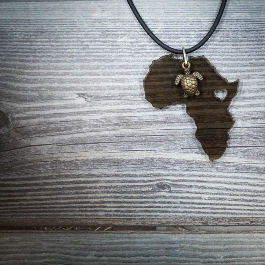 Africa Love Necklace with a Turtle AFRI-NEC-ACLEBLK-BTURTL-M