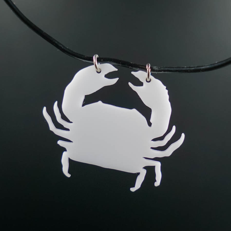 Crab Limping Ghost Necklace CRAB-NEC-AWHIT-B-M