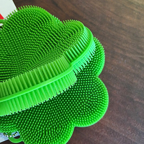 Stay Clean Scrubber / Green