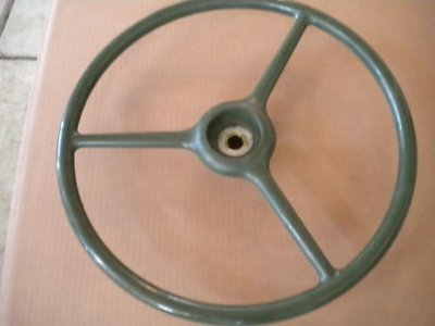 2.5 TON M35A2 NEW STEERING WHEEL 7521474