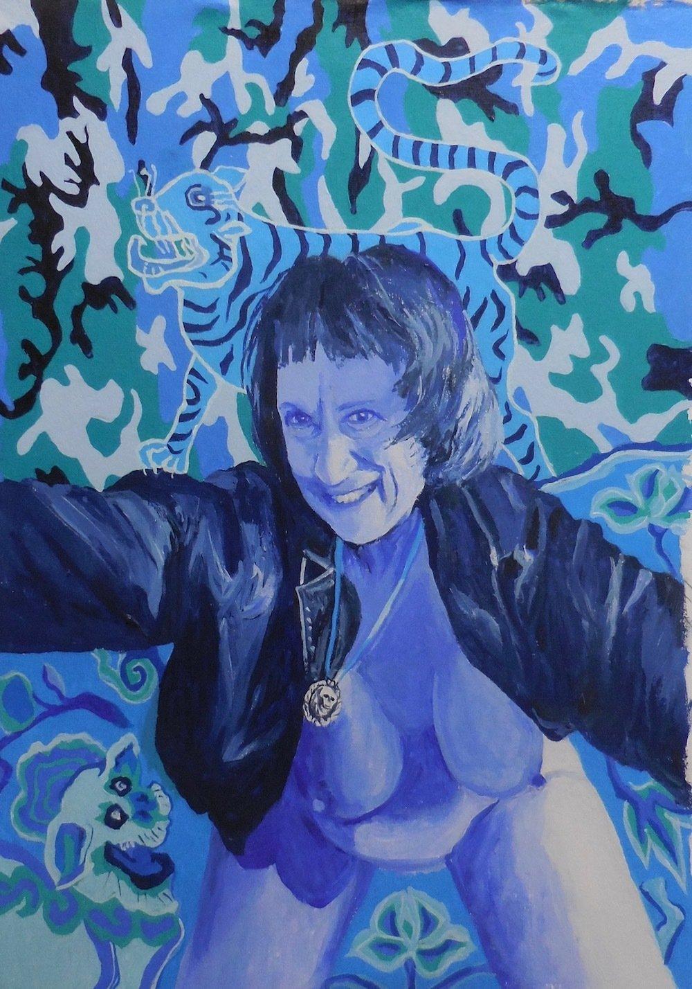 Irene Dogmatic Blue Selfie