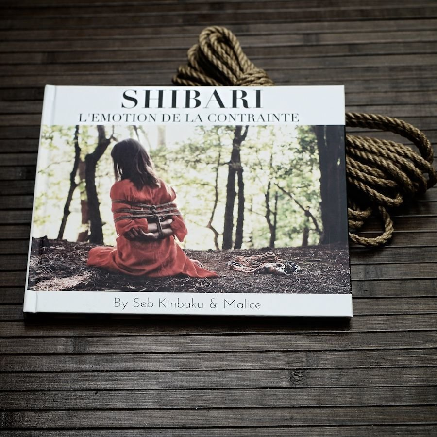 LIVRE PHOTOS - SHIBARI L'EMOTION DE LA CONTRAINTE 00008
