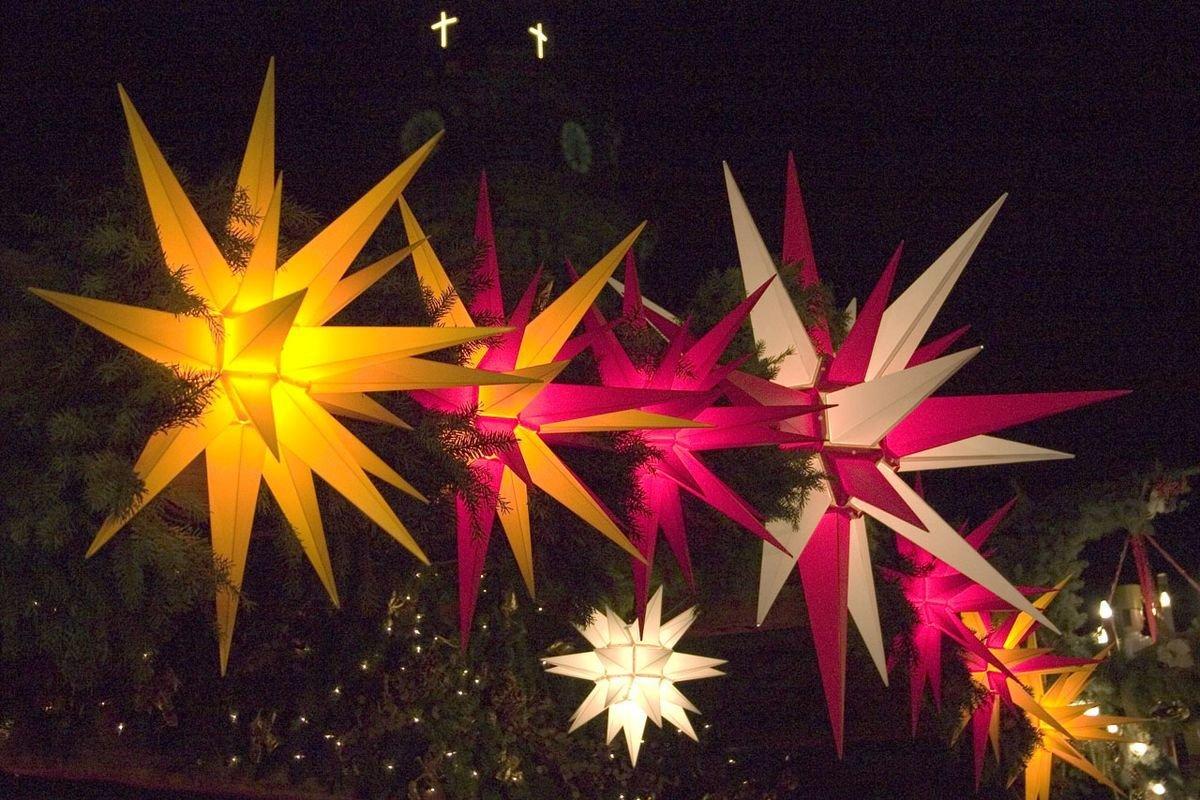 Original Herrnhuter Sterne / Wetterfester Stern für den Außenbereich / mattweiß / 130 cm