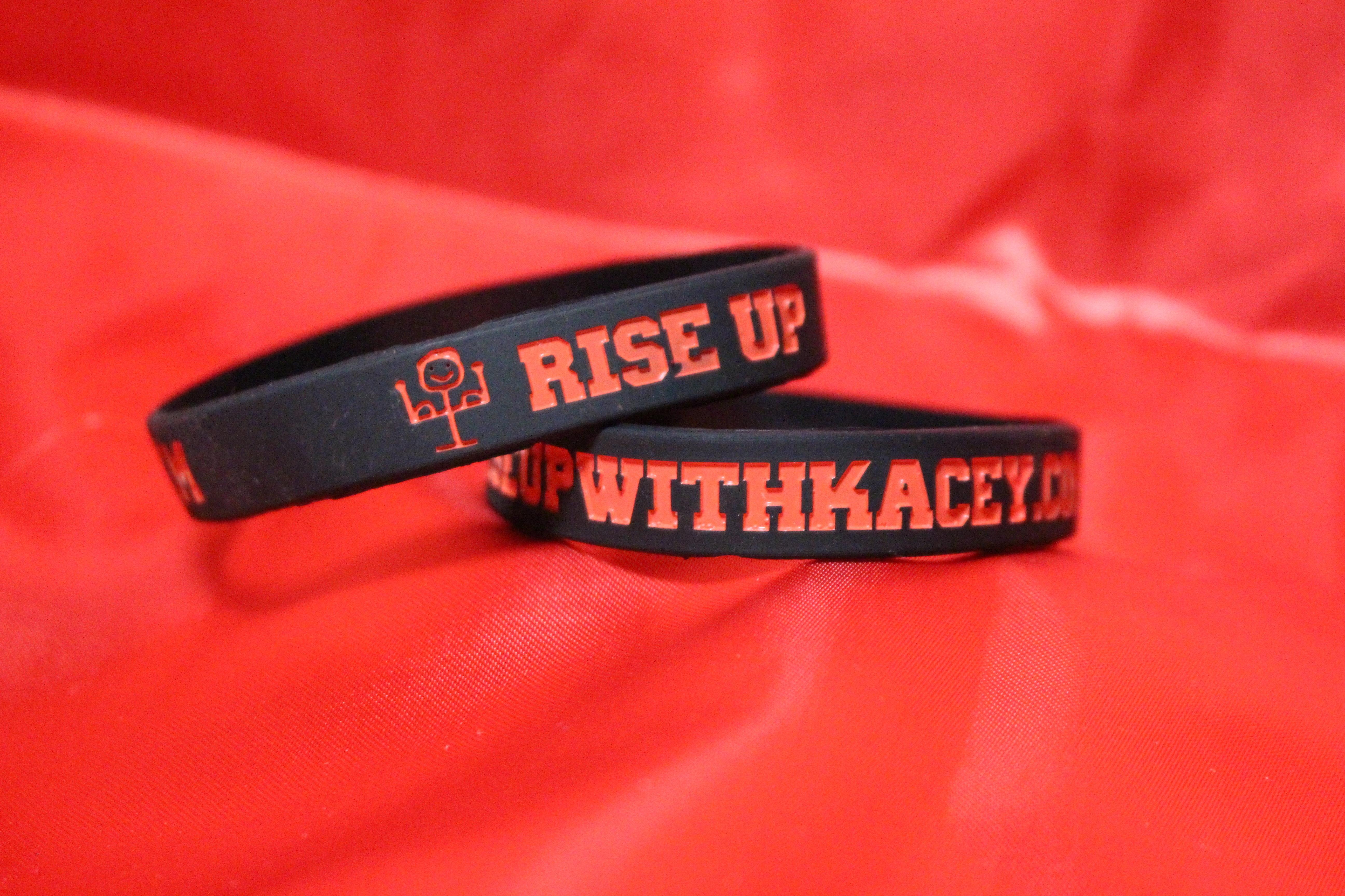 Rise Up Bracelets 00001