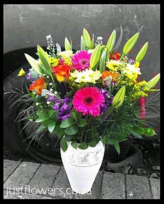 Sympathy Vase JF24