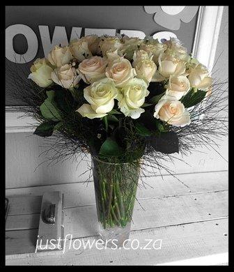 White Roses Glass vase JF99